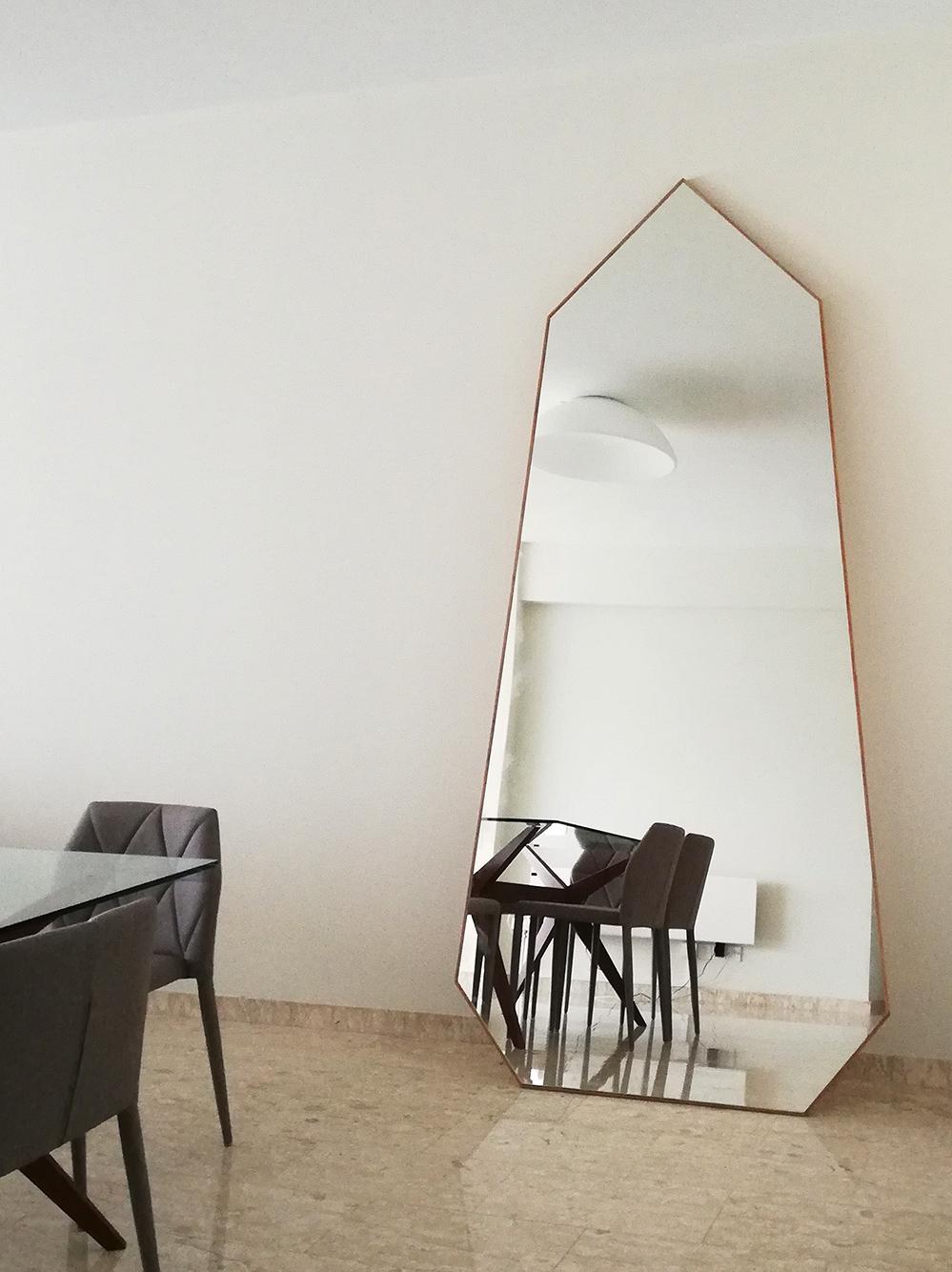 UI-mirror